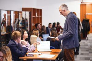 panel story, manažment, vzdelávanie, projekty, hodnotenie vzdelávania, výsledky praxe