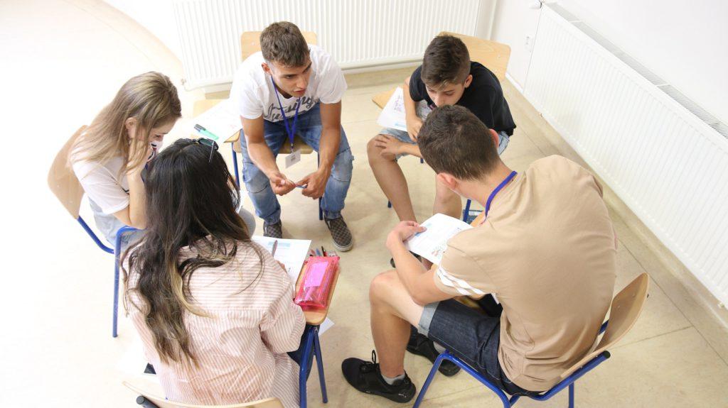 letná škola BuďManažér, manažment, študuj manažment na FRI,